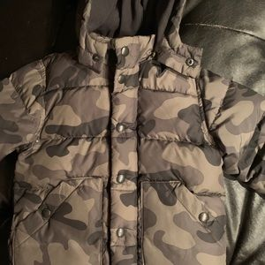 Boys Gap Puffer Jackets size 3 years